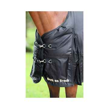 Picture of BACK ON TRACK HORSE FROST RUG BLACK 81in