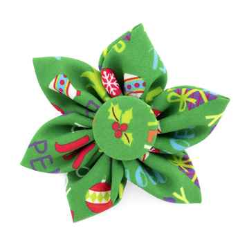 Picture of XMAS CANINE PINWHEEL NECK WEAR Merry & Bright - Small