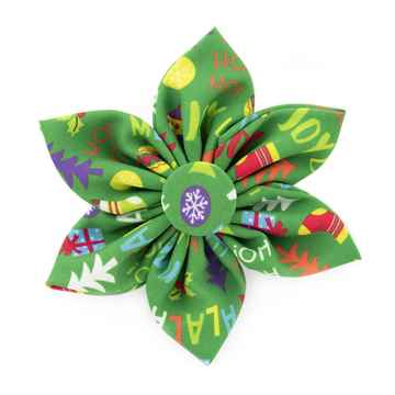 Picture of XMAS CANINE PINWHEEL NECK WEAR Merry & Bright - Large